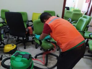 Cách vệ sinh ghế văn phòng hiệu quả